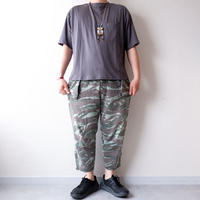 SLOW HANDS(スローハンズ)/ fine cotton wide pocket S/S T /gray
