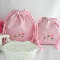 手刺繍 通園おべんとう袋とコップ袋セット ピンク
