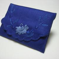 お母さま用 手刺繍 ポケットティッシュケース
