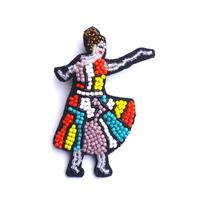 ミセス・ダンサー a dancer  | ビーズブローチ hand made beads brooch