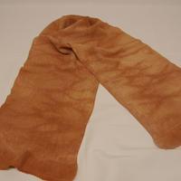 枇杷の葉染帯揚げ