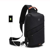Tangcool メンズ クロスボディバッグ USB充電 メッセンジャー ショルダーバッグ