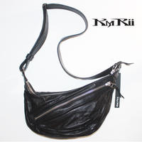 KMRii ・ケムリ・ DOUBLE ZIP SHOULDER BAG・ボディーバッグ