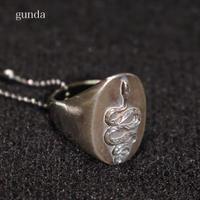 gunda (ガンダ) SNAKY RING リング