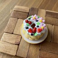 苺祭り|苺の花型リングケーキmini|ミニチュア(皿付き)