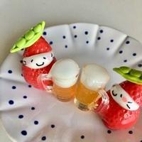 ビールと枝豆帽子の苺ぼうやマスコット
