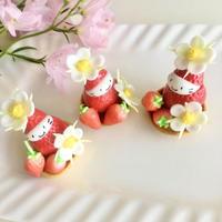いちごのお花の苺ぼうやマスコット