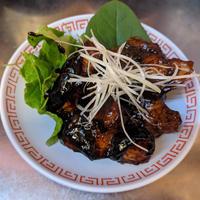 法善寺横丁 まんまる食堂 黒酢酢豚
