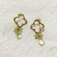 Petaroid short pierce Peridot and Lemon [SV, GP]