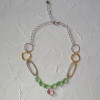 Pono'i glass necklace