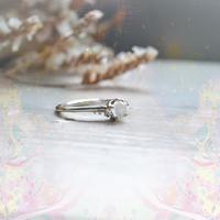 ふるふる『光の滴』Ring-愛とひとつClown Type -/Moon Stone