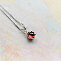 Milk Crown Necklace -Garnet/Cabos-