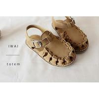 sandal 3