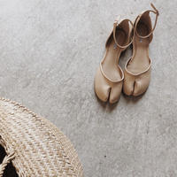 tabi strap shoes