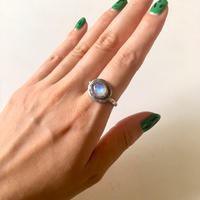 vintage silver × moonstone ring