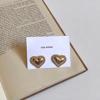 (182B)point gold heart pierce