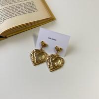 (127)w flat gold hearts