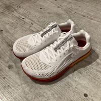 ALTRA 『ESCALANTE RACER M 』(WHITE/ORANGE)