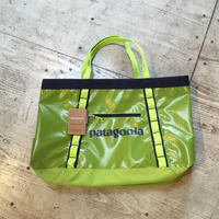 patagonia『ブラックホール・ギア・トート 61L』Peppergrass Green