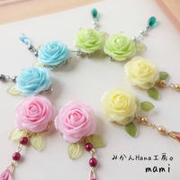 【mm003】可愛らしいパステルカラーのお花のピアス [イヤリングに変更可](パピエル)