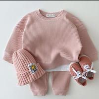 【70cmから100cm】【ピンク】色違い二着購入10%オフ。韓国セットアップ。セーターとパンツ