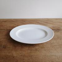 白磁のお皿 9リムオーバルプレート