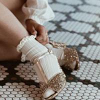 【Collegien women】Velvet Ruffle Ankle Socks
