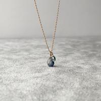 ブルーサファイアの原石&天然石ネックレス