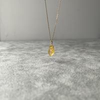 イエローサファイアの原石ネックレス