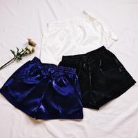 Shining short pants