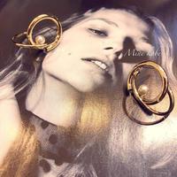 W circle one pearl pierce