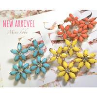 color bijou flower pierce