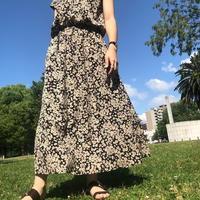【 Ottilie | オティーリエ  】 フラワー柄ノーカラーワンピース | K504601