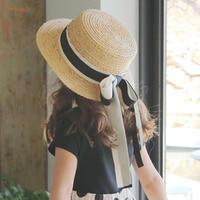 リボン付きカンカン帽