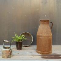 A013 古くて錆のある 鉄製の牛乳缶/ミルク缶 55㎝ 【引取限定品】