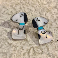 """ZUNI"" SNOOPY Motif Inlay Earring"