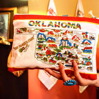 """""""RED and WHITE Kitchen Company"""" Map Pouch[OKLAHOMA]"""