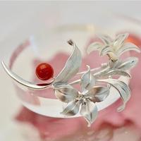 【還暦ジュエリー】SVサンゴ/白蝶貝ブローチ