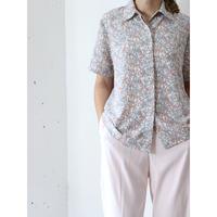 Open collar floral shirt