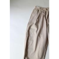 Volume Tuck Chino Pants [022C1]