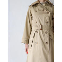 Trench coat with plaid lining