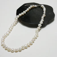 peal necklace 2