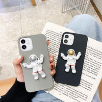宇宙飛行士人形 iphone12/11promaxケース spacemen iphonexs/xsmaxカバー 立体 可愛いおもちゃ付 頑丈保護力強いM206