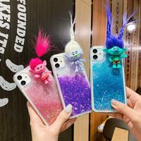 トロールズ人形 iphoneケース グリッターiphone12/11/SE2カバー ラメは動ける キラキラ 面白いヘアアレンジ おもちゃM287