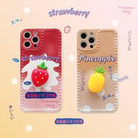 立体イチゴ パイナップル 付 iphone11/12proケース ストレス解散  柔らかい果物つまむ iphoneSE2/xs2カバー 頑丈携帯保護ケースM291
