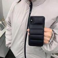ダウンジャケット/コート iphone12/11promaxケース アイフォンSE2/XRカバー 羽毛/ダウン入り マジックテープ付き 黒色系M269