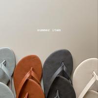 flat thong sandal