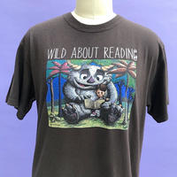 🌈WILD ABOUT READING T-shirts🌈