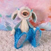 単眼ツノうさ -ammonite eye-/blue