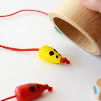 〈購入時期目安:4才-〉【ゲーム/スピートを競う色サイコロ遊び】キャッチ・ミー